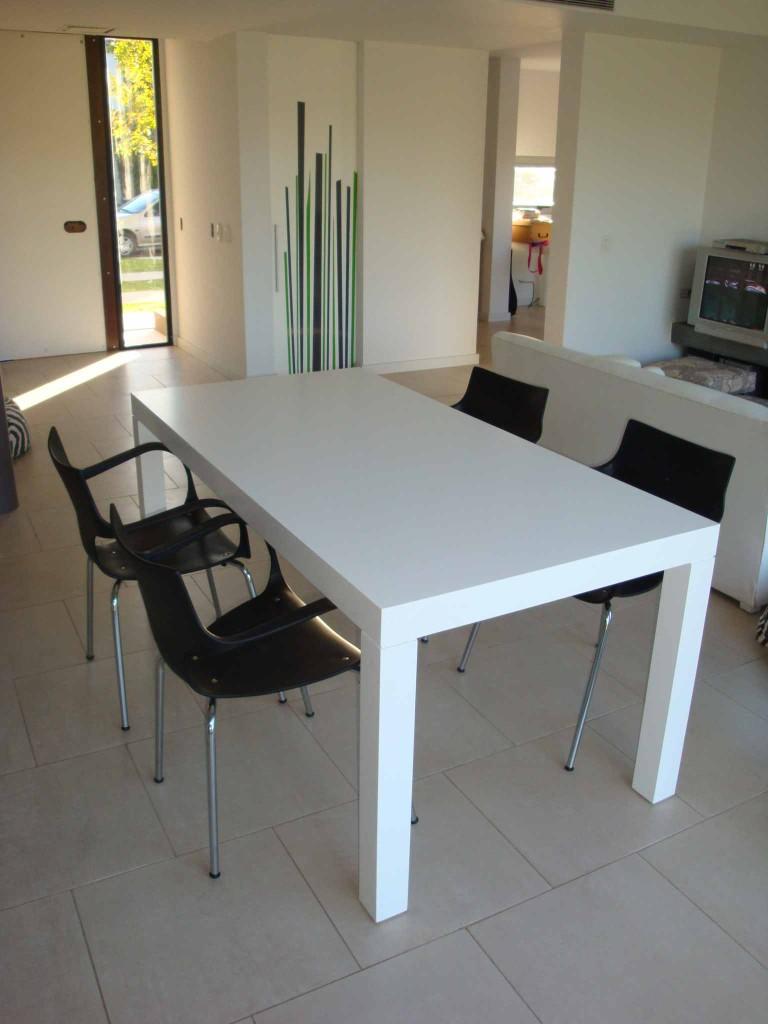 Daza mueblesmesa blanca sadira daza muebles for Mesas de comedor madera blanca